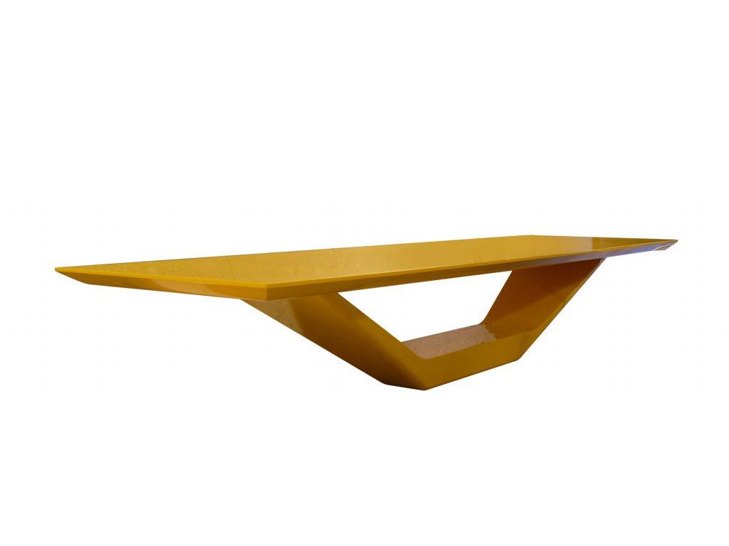 Jet Table, criação de Guilherme Torres para NOS Furniture