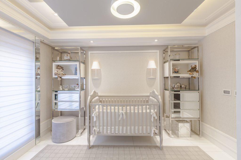 Quarto de bebê: Iluminação com circuitos independentes