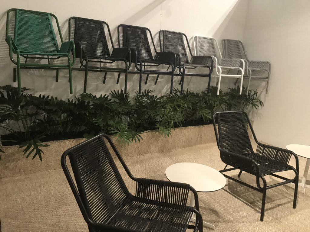 Cadeira Quintal, design de Maurício Arruda para a Tidelli