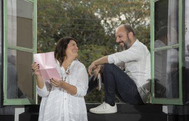 Crédito Mariana Boro: Arquiteta Juliana Pippi e o ator, diretor e dramaturgo Renato Turnes contam a história da Sala Cor de Rosa e Carvão por meio de cartas destinadas a jornalistas e formadores de opinião.
