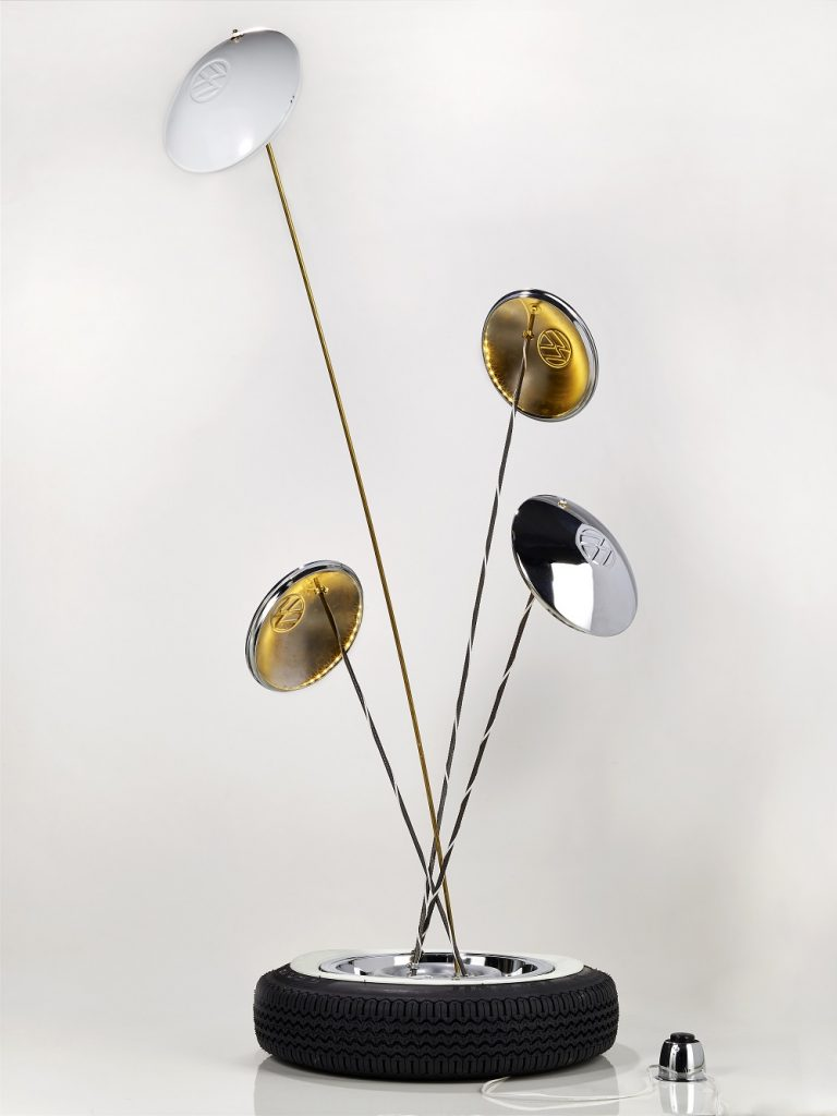Luminária Calota Coleção Fusca Lounge designer Pedro Bronz