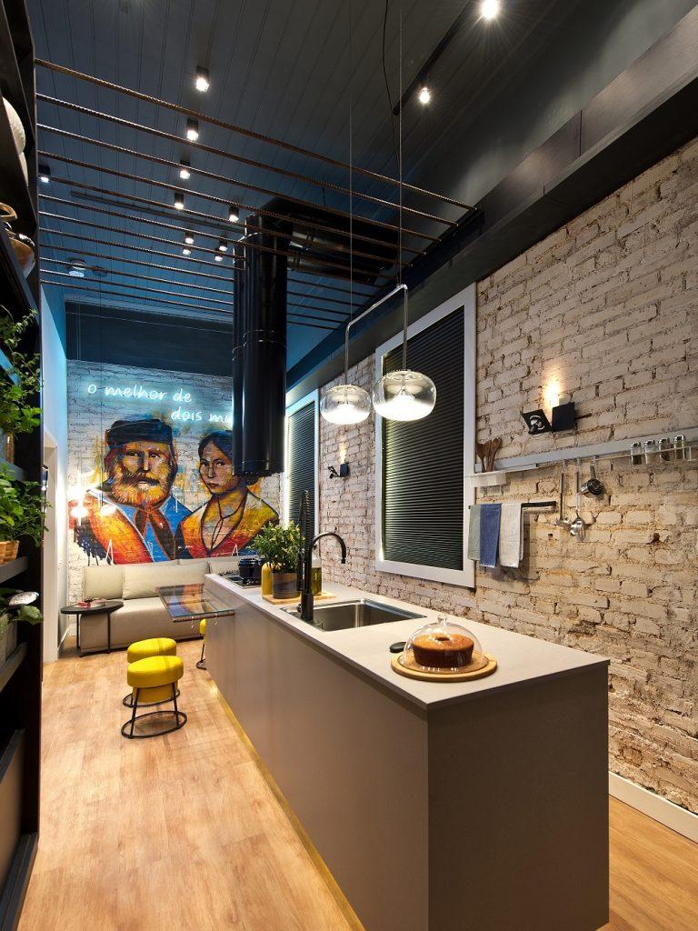 Outro ângulo da cozinha inspirada em Anita e Giuseppe Garibaldi que é o prêmio dos ganhadores da recente Archathon em Florianópolis