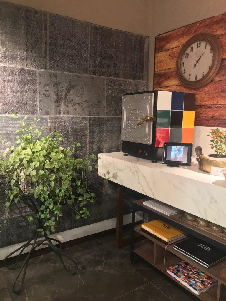 Cozinha e Jantar, a verdadeira Alquimia, de Cesar Etienne de Araújo e Jaqueline Zarpellon de Araújo
