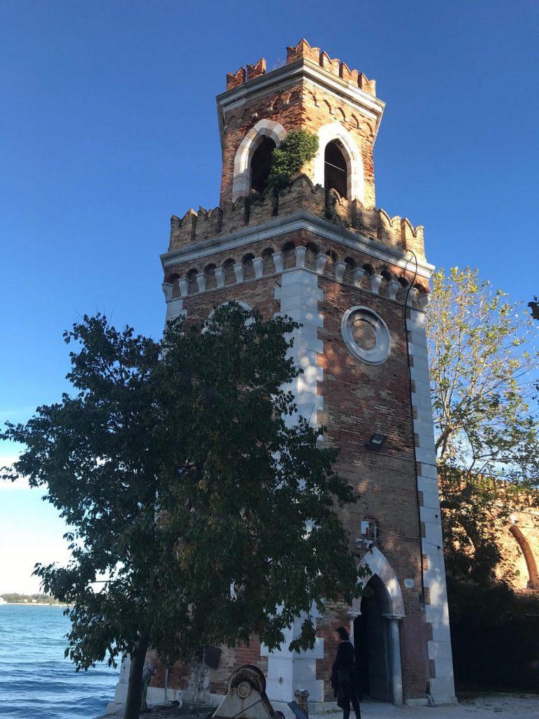 Hora de se se despedir do espaço expositivo da Bienal, encerrada neste domingo, em Veneza
