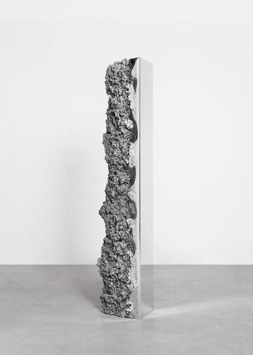 Proposta vertical, entre o design e a arte de Hongjie Yang na Maison et Objet