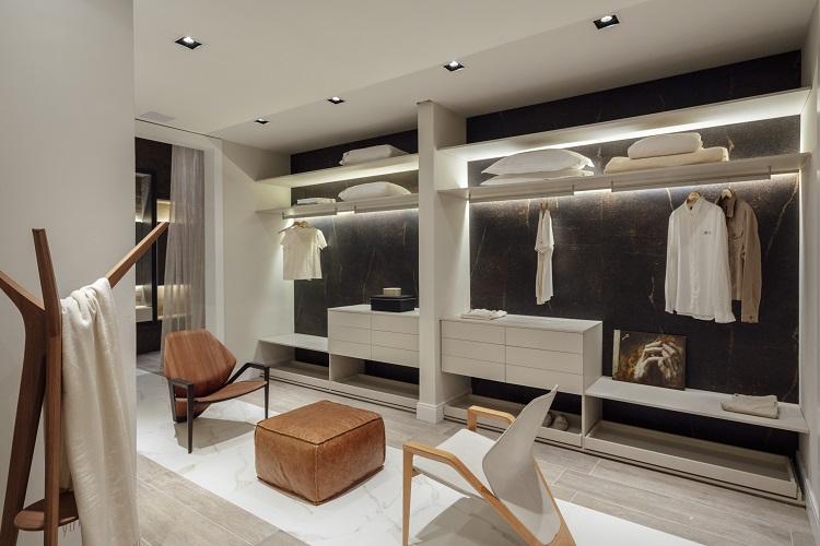 Closet de luxo (foto Cristiano Bauce, divulgação CasaCor RS)