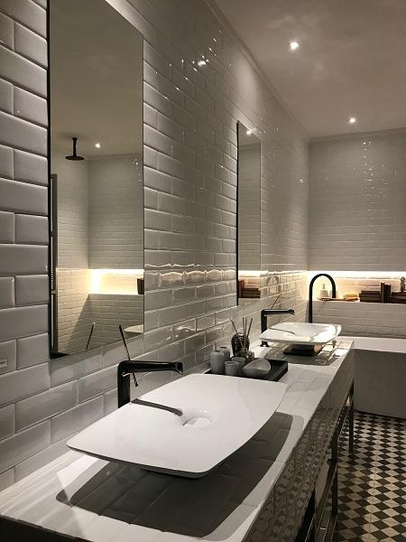 Banheiro também tem protagonismo neste projeto