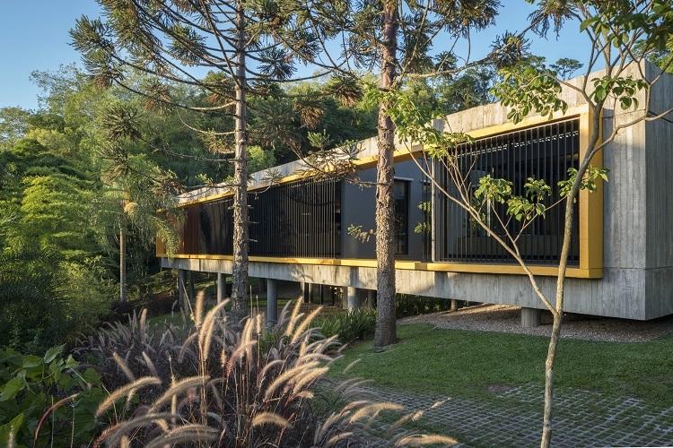 Exterior do escritório de arquitetura Lineastudio